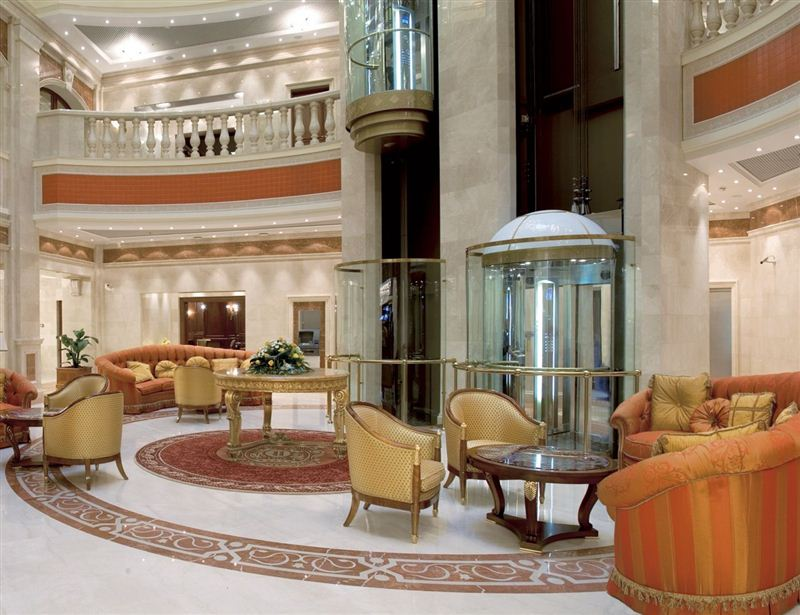 Luxury hotels around the world for Top 20 luxury hotels in the world