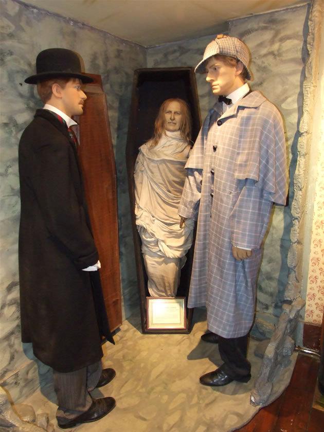 Sherlock Holmes Museum 17