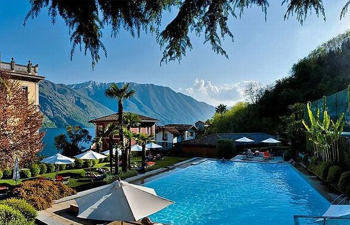 Top 10 hotels with amazing views for Amazing luxury hotels