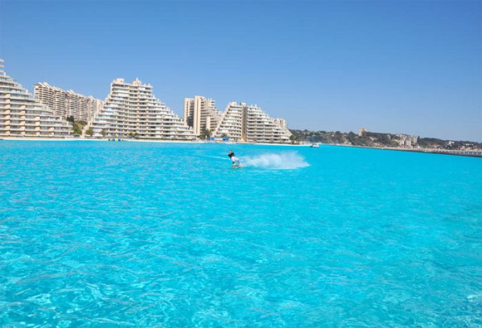 The world s largest swimming pool in san alfonso is del - San alfonso del mar resort swimming pool ...